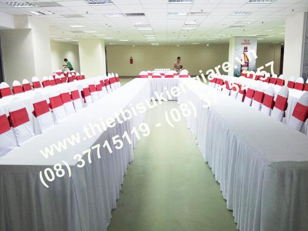 cho thuê bàn hội nghị bàn họp