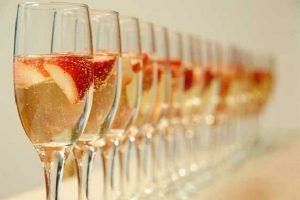 Cho thuê ly uống rượu vang