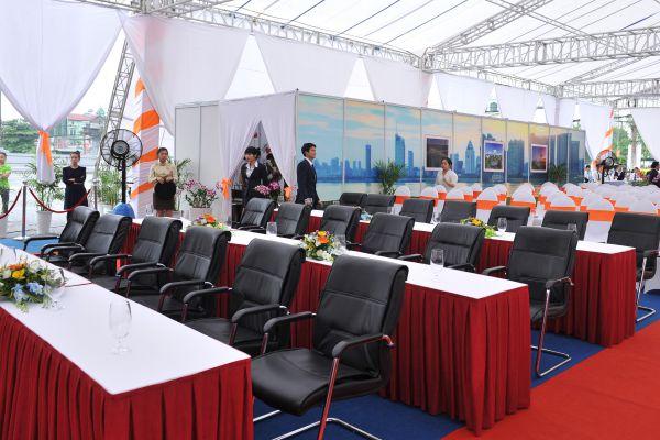 Cho Thuê Bàn Ghế VIP Giá Rẻ Và Uy Tín Tại TPHCM